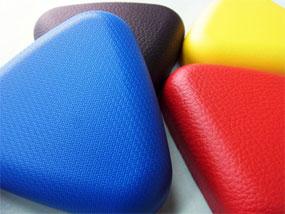 量産品を想定してシボ形状だけでなく色の検証もできます